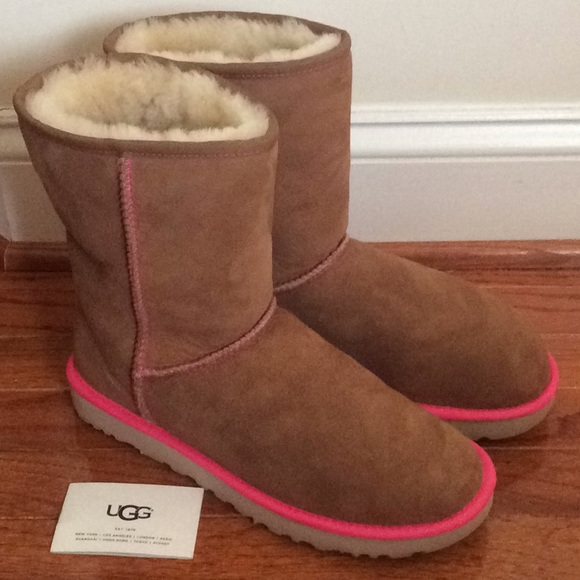 5fa8bd2b347 🆕 Authentic UGG boots II neon pink- women size 10